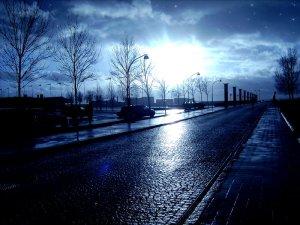 Sun_and_rain_street_by_Hellle