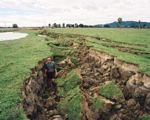 Edgecumbe-Earthquake-1987